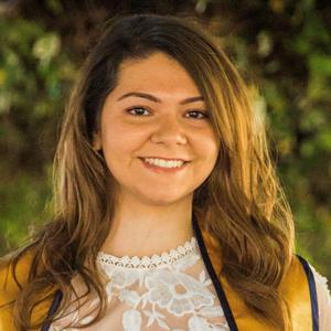 Deanna Gallegos headshot